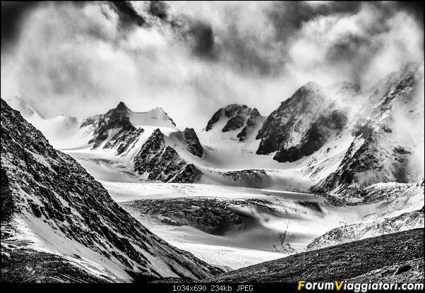 Nomadi e steppe, aquile e montagne: un viaggio in Mongolia-_dsc4790_bn-2.jpg