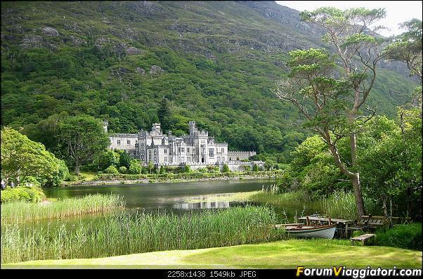 15 giorni  nella bella e verde  Irlanda-184-kylemore-abbey.jpg