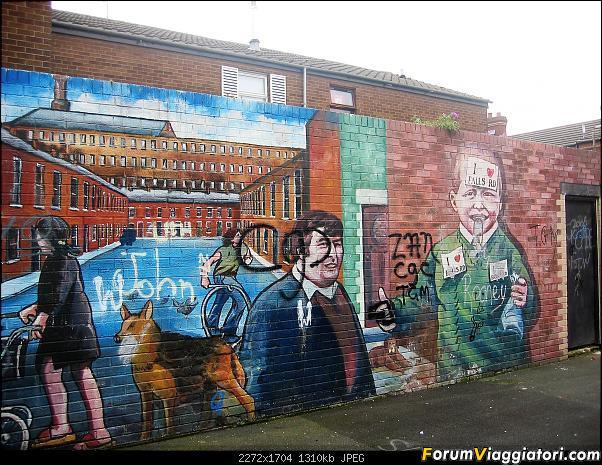 15 giorni  nella bella e verde  Irlanda-239-murales-falls-roas.jpg