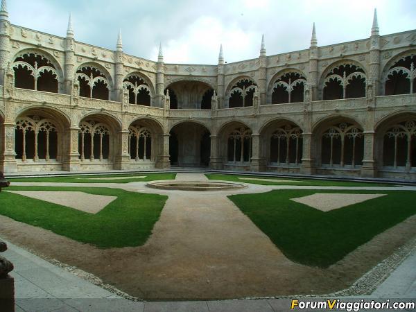 Lisbona Belem mosteiro dos jeronimos 2005