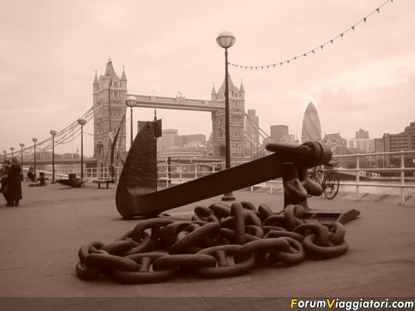 Londra Tower  Bridge2 2005