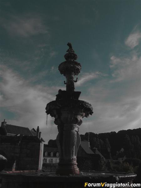 FRANCIA 2012 811 (Medium)