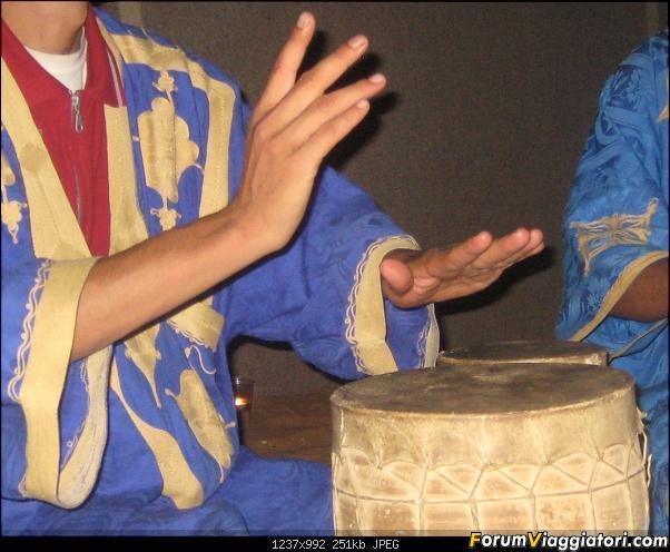 cantano i berberi la sera al bivacco...