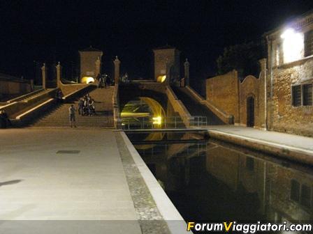 CANALI E TERME IN MOTO: Comacchio, Chioggia e Montegrotto Terme-comtreppontinotte.jpg