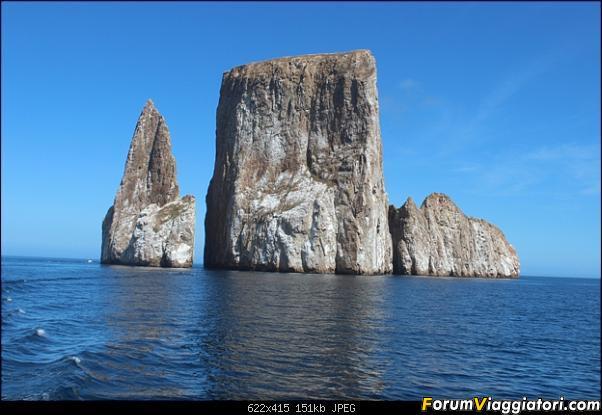 [ECUADOR - Galapagos - Escursione] Leon Dormido (Kicker Rock) daily tour-6.jpg