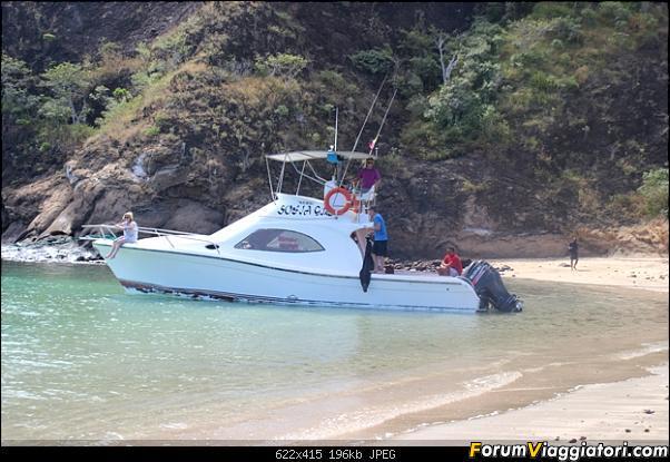 [ECUADOR - Galapagos - Escursione] Leon Dormido (Kicker Rock) daily tour-10.jpg