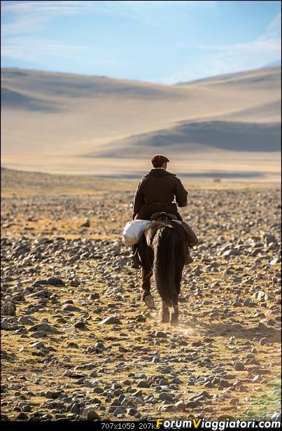 Nomadi e steppe, aquile e montagne: un viaggio in Mongolia-_dsc3379.jpg