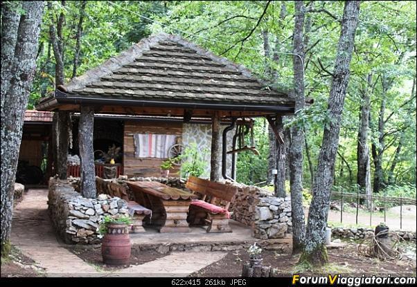 [Drvar] Etno Selo Dodig Restoran-restoran_etno-selo-dodig-4-.jpg